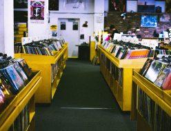record-store-925553_1280