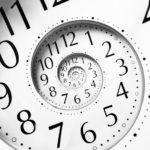 ビジネスで成功するには何時間必要?